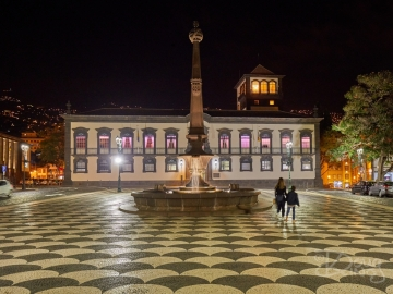 The civic square at the centre of Funchal Madeira at night.     Size: 5395 x 4046, 24MB