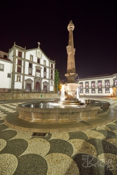 The civic square at the centre of Funchal Madeira at night.     Size: 4480.x 6720, 32.3MB